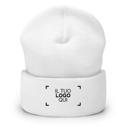 Esempio di cappello invernale personalizzato ricamato con un logo di esempio sul davanti