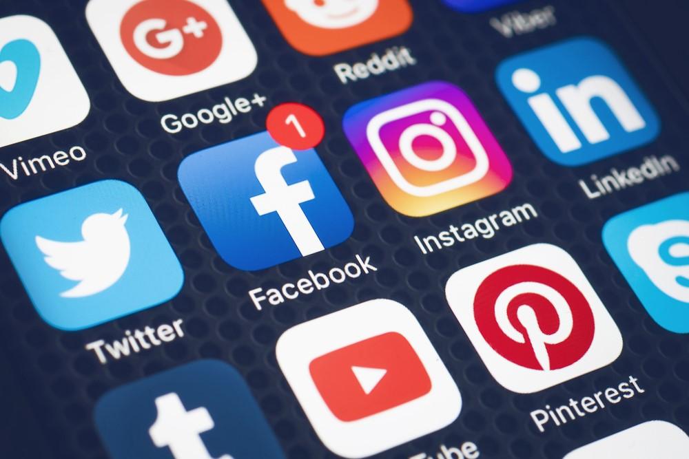 social media icons on smart phone